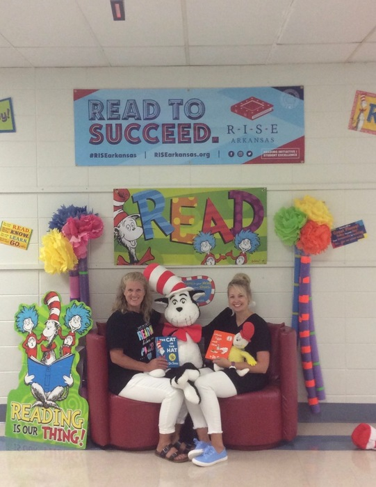 #EEEreads Together #WeWill
