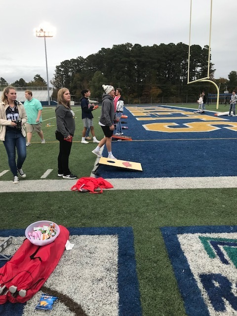 students playing tailgate games