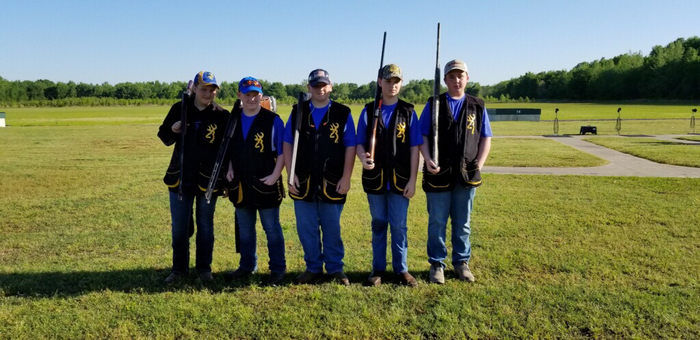 Jr High Trap shooting