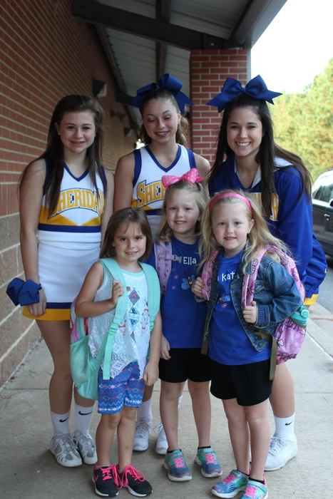 SHS Cheerleaders Greeting SES Students