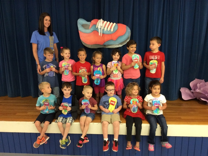 Mrs. Davis' students can tie their shoes!
