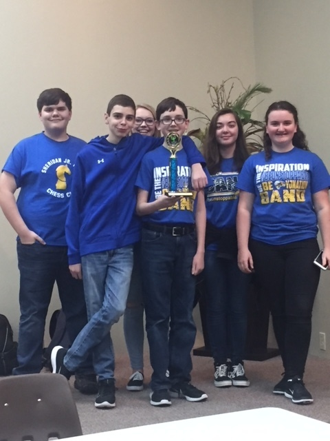 Picture of the SJHS Quiz Bowl Team