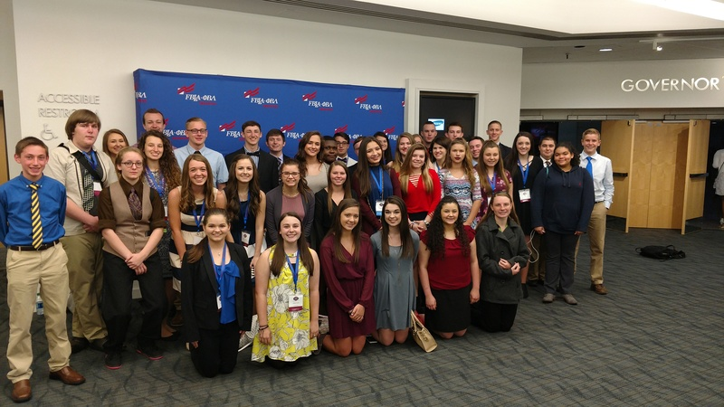 Group Photo of all High School FBLA Members