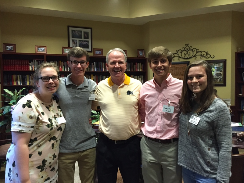 SHS Students Attend Leadership Conference