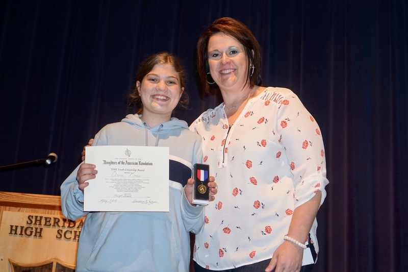 Anna Moss Receives DAR Youth Citizenship Medal